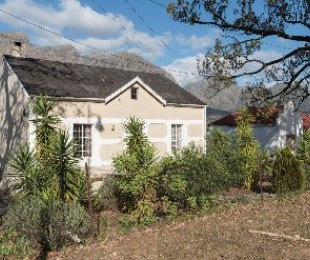 R 5,200,000 - 6 Bed Property For Sale in Pniel