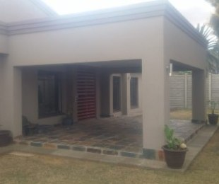 R 1,680,000 - 3 Bed House For Sale in Three Rivers