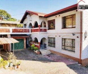R 995,000 - 8 Bed House For Sale in Sea Cow Lake