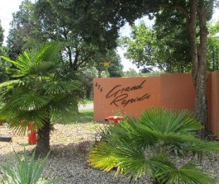 R 650,000 - 1 Bed Flat For Sale in North Riding