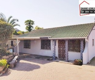 R 650,000 - 3 Bed House For Sale in Newlands