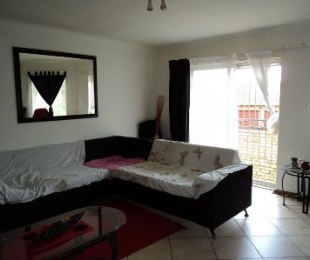 R 7,220 - 2 Bed Property To Rent in Wilgeheuwel