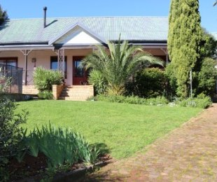 R 3,395,000 - 4 Bed House For Sale in Protea Valley