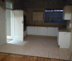 R 9,500 - 3 Bed House To Rent in Kensington