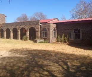 R 1,550,000 - 2 Bed Land For Sale in Gardenvale