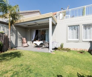 R 1,625,000 - 3 Bed House For Sale in Sunninghill