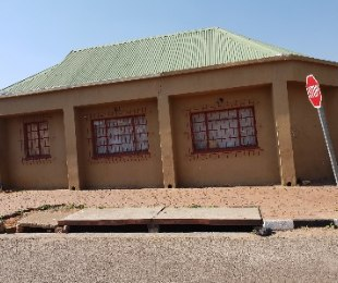 R 550,000 - 3 Bed House For Sale in Vrededorp