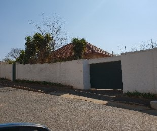 R 1,400,000 - 3 Bed House For Sale in Auckland Park