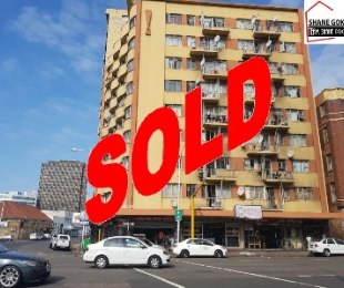 R 295,000 - 1 Bed Flat For Sale in Durban Central