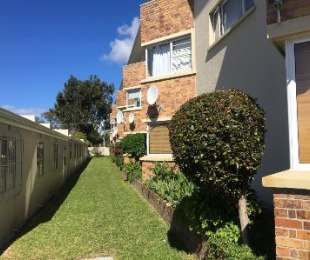 R 1,849,000 - 2 Bed Flat For Sale in Kenilworth