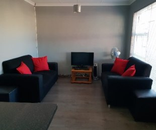 R 995,000 - 3 Bed Home For Sale in Ruyterwacht