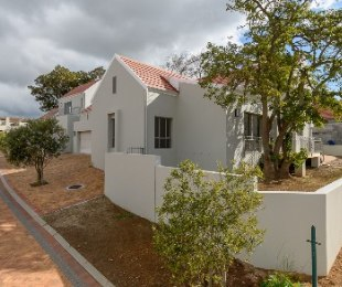 R 5,537,500 - 3 Bed House For Sale in Vierlanden