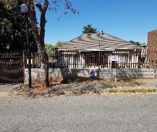 R 899,000 - 3 Bed House For Sale in Observatory