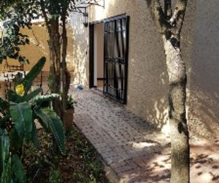 R 6,500 - 1 Bed Apartment To Let in Ferndale