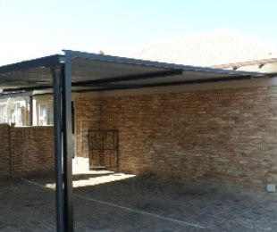 R 1,180,000 - 3 Bed Home For Sale in Kosmosdal
