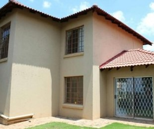 R 1,350,000 - 3 Bed House For Sale in Cashan
