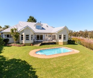 R 4,250,000 - 4 Bed House For Sale in Aurora