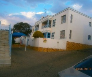 R 5,400 - 2 Bed Flat To Rent in Alberton North