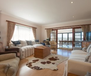 R 3,500,000 - 3 Bed Home For Sale in Heuwelkruin