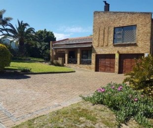 R 3,399,000 - 5 Bed Home For Sale in Vredekloof