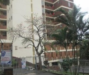 R 680,000 - 1.5 Bed Flat For Sale in Glenwood
