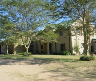 R 3,975,000 - 3 Bed Farm For Sale in Kyalami