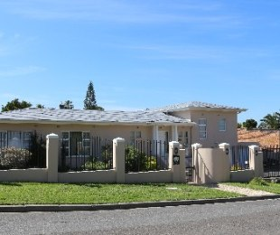 R 4,700,000 - 5 Bed House For Sale in Vygeboom