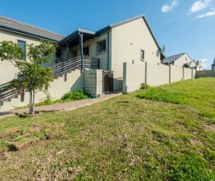 R 1,875,000 - 3 Bed Home For Sale in Blue Mountain Village