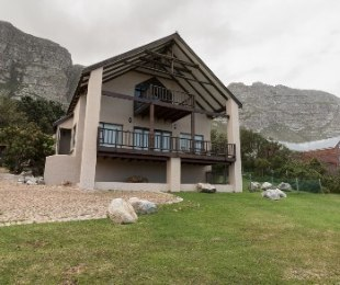 R 1,950,000 - 3 Bed House For Sale in Betty's Bay