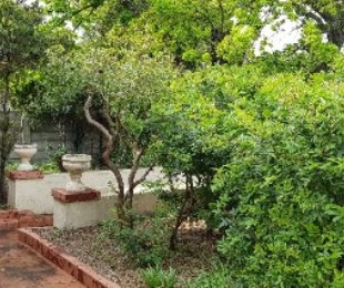 R 2,800,000 - 4 Bed Home For Sale in Mowbray