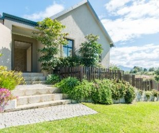 R 2,995,000 - 3 Bed House For Sale in Kraaibosch