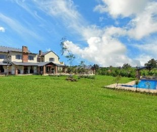 R 10,500,000 - 4 Bed House For Sale in Waterfall Equestrian Estate