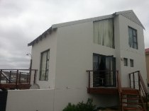 R 2,180,000 - 3 Bedroom, 2 Bathroom  House For Sale in Calypso Beach