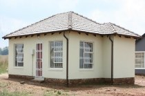 R 438,000 - 2 Bedroom, 1 Bathroom  Home For Sale in The Orchards