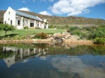 R 2,568,000 - 4 Bedroom, 2 Bathroom  Farm For Sale in Montagu