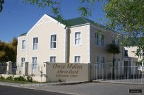 R 530,000 - 1 Bedroom, 1 Bathroom  Flat For Sale in Durbanville Central