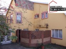 R 1,100,000 - 5 Bedroom, 4 Bathroom  House For Sale in Verulam