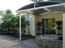 R 4,395,000 - 4 Bedroom, 2 Bathroom  Property For Sale in Constantia Hills