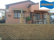R 795,000 - 4 Bedroom, 2 Bathroom  Property For Sale in Newlands West, Durban North