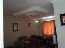R 360,000 - 3 Bedroom, 1 Bathroom  House For Sale in Winkelspruit