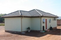 R 580,000 - 3 Bedroom, 2 Bathroom  House For Sale in Protea Glen