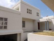 R 2,850,000 - 6 Bedroom, 4.5 Bathroom  Home For Sale in Moreleta Park