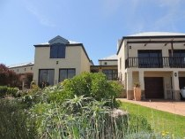 R 5,900,000 - 4 Bedroom, 3 Bathroom  Home For Sale in Atlantic Beach Estate