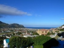 R 3,895,000 - 7 Bedroom, 7 Bathroom  House For Sale in Fish Hoek