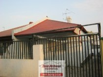 R 460,000 - 2.5 Bedroom, 1 Bathroom  House For Sale in Malvern