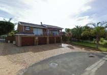 R 3,950,000 - 5 Bedroom, 3 Bathroom  House For Sale in Vergesig