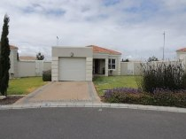 R 1,250,000 - 3 Bedroom, 2 Bathroom  House For Sale in Melkbosstrand