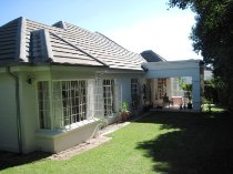 R 2,199,000 - 3 Bedroom, 2 Bathroom  Property For Sale in Magaliessig