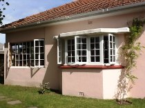 R 9,000 - 2 Bedroom, 2 Bathroom  Home To Rent in Claremont