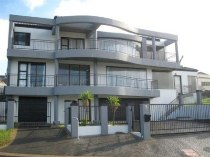 R 4,250,000 - 3 Bedroom, 2 Bathroom  Home For Sale in Oude Westhof